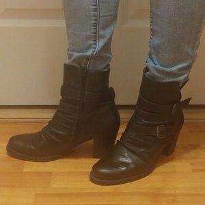 """NATURAL SOUL BLACK 3"""" HEEL BOOTIES BOOTS SIZE 9.5"""